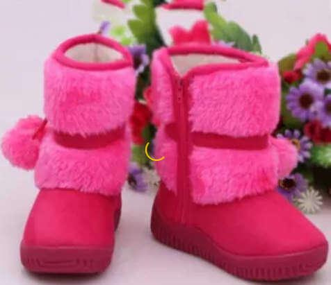 Зимние сапоги для девочки в гардеробе