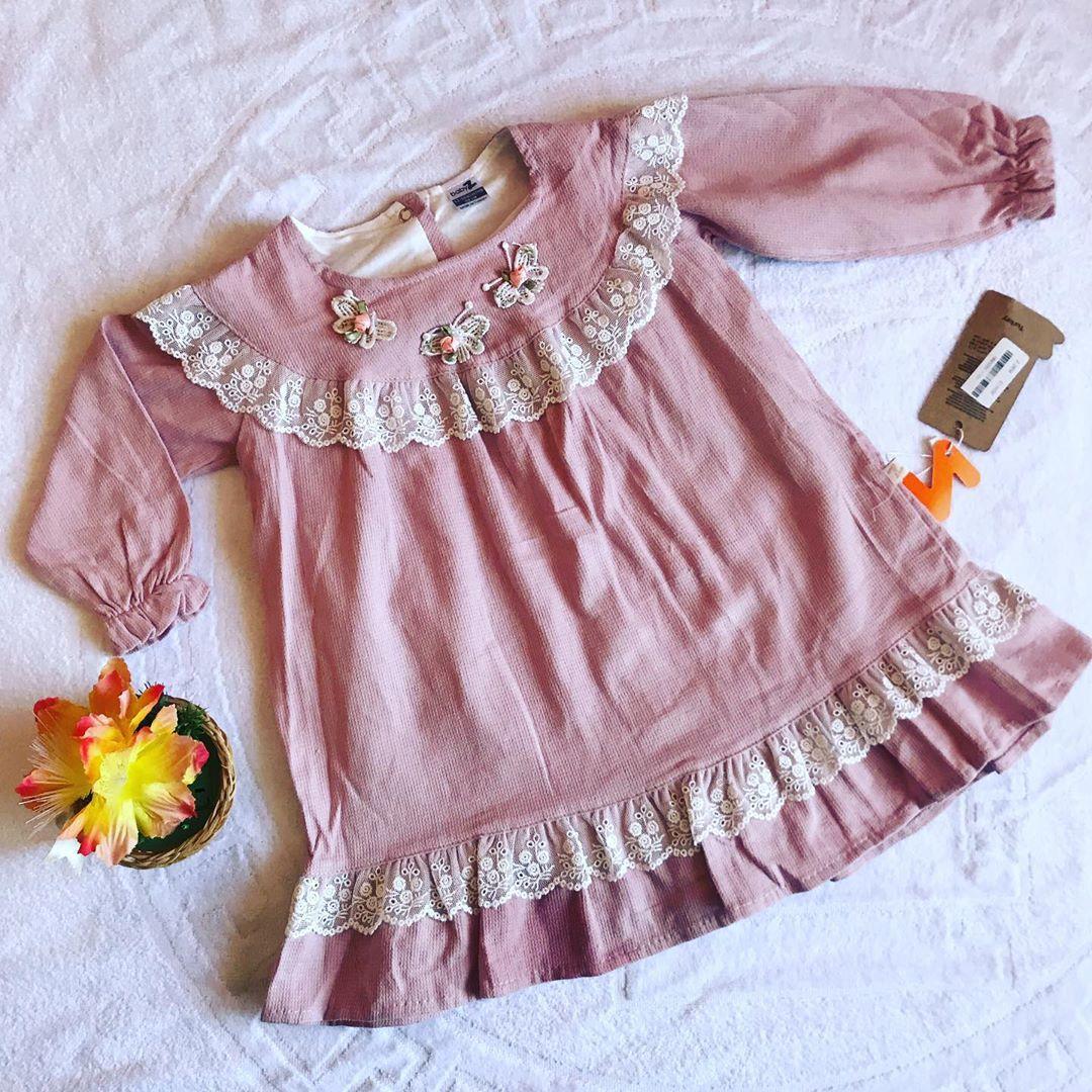 Легкое платье в гардеробе девочки