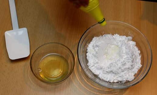 Сахарная глазурь с яйцами
