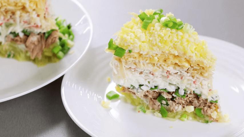 Новые салаты на новый год - лучшие простые рецепты на праздничный стол